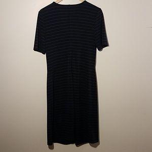 Ann Taylor Dresses - 《ANN TAYLOR》 Stretchy shift dress